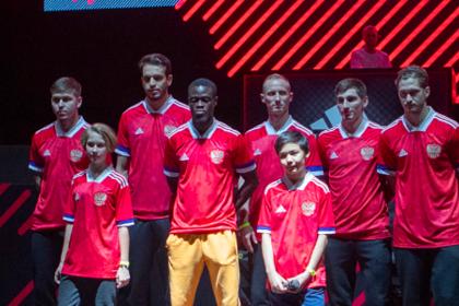 Сборная России по футболу отказалась от новой формы