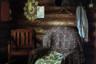 Большая часть посетителей местных кафе — дальнобойщики. Именно благодаря им ресторанный бизнес стал развиваться в середине 90-х. Между собой дальнобойщики называют поселок Умет «Шашлыкоградом».