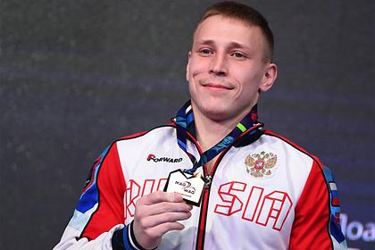 Российский гимнаст-чемпион сломал ногу