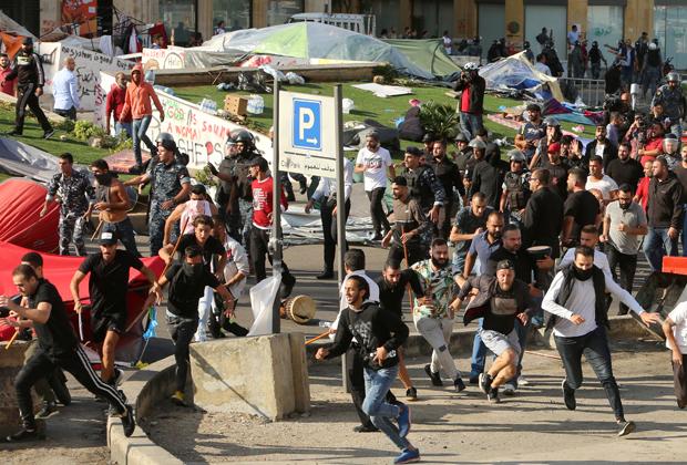 Нападение на лагерь оппозиции в Бейруте