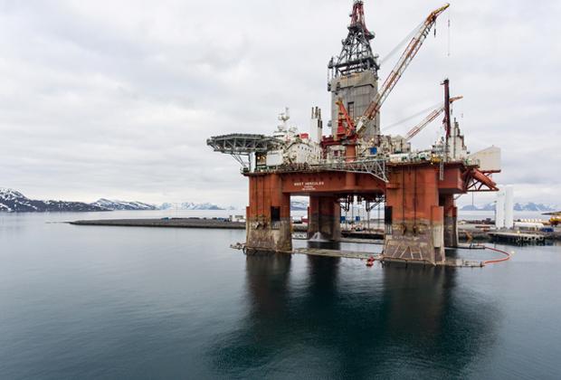 Нефтяная вышка рядом с норвежским Хаммерфестом, 2019 год