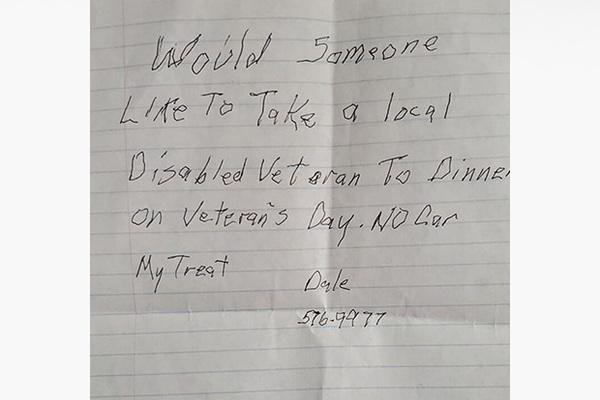 Записка одинокого ветерана растрогала окружающих и позволила ему обрести друзей