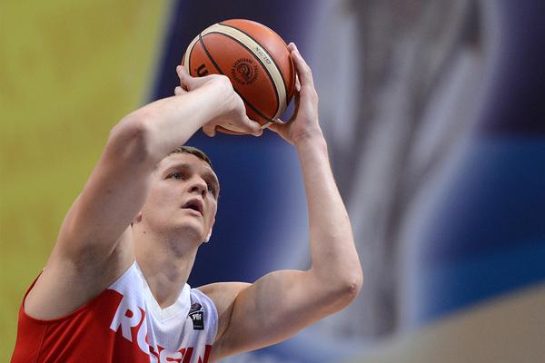 Российский чемпион НБА рассказал о преимуществах получения гражданства США