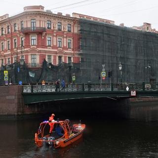 Дом №82 на набережной реки Мойки в Санкт-Петербурге