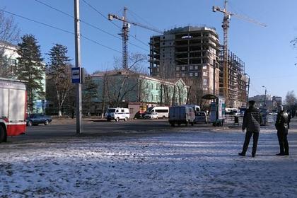 Здание Амурского колледжа строительства и ЖКХ в Благовещенске