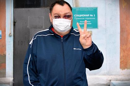 Избитый депутат рассказал о «страшной цене» правления иркутского губернатора