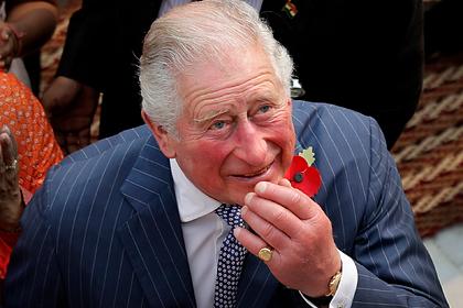 Принца Чарльза сфотографировали с раздутыми руками и ногами
