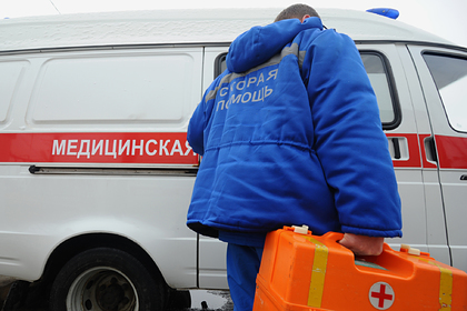 Автобус с российскими детьми вылетел в кювет и перевернулся