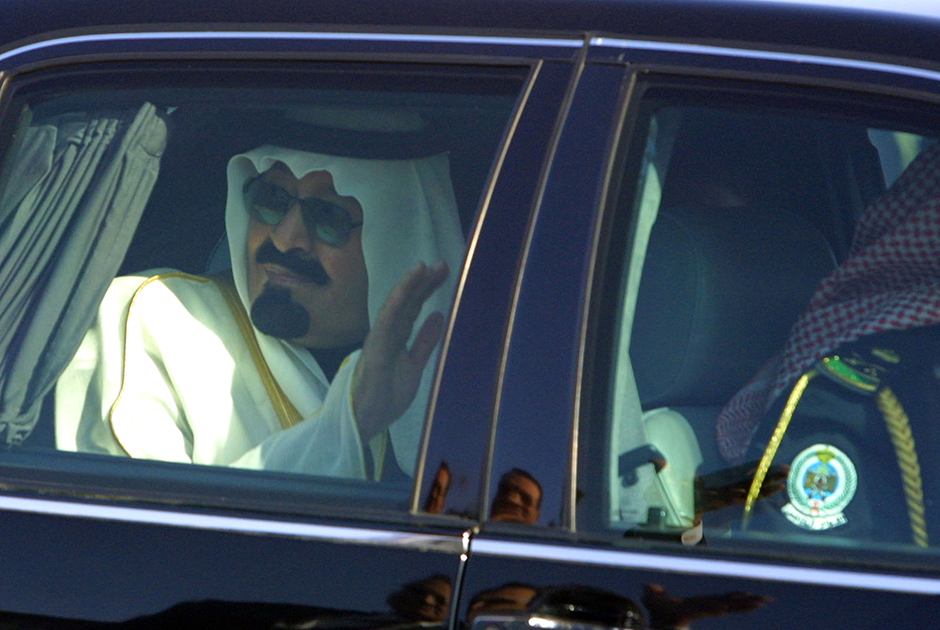 Наследный принц Абдалла в одном из своих Mercedes-Benz во время саммита лидеров арабских государств в Шарм-эль-Шейхе. Египет, 2003 год