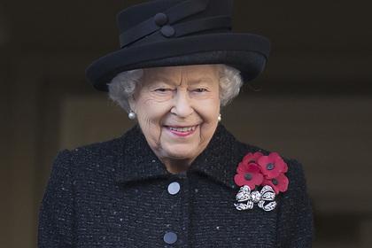 Стало известно о роли «капли джина» в образах Елизаветы II