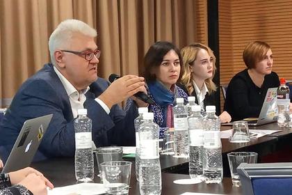На Украине предложили выдавать документы родившимся в Крыму детям