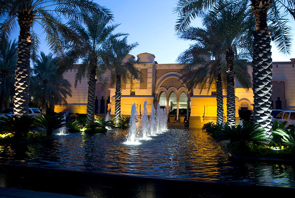 Фонтан во дворе дворца Эрга — самой современной и самой любимой резиденции короля Абдаллы. Вней он принимал, например, Барака Обаму в 2015 году