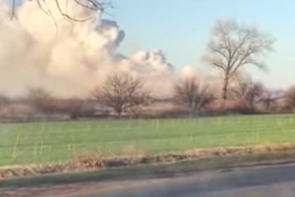 Очередные взрывы на украинских военных складах сняли на видео