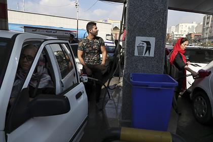 Повышение цен на бензин вызвало массовые протесты
