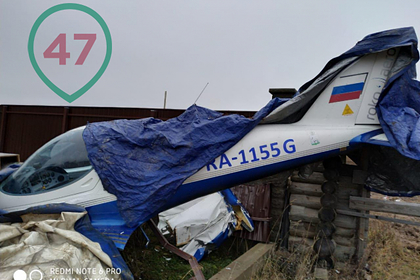 Частный самолет упал рядом с жилым домом под Петербургом