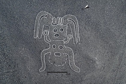 В перуанской пустыне снова нашли загадочные гигантские рисунки