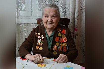Участница Великой Отечественной войны стала блогером в 97 лет