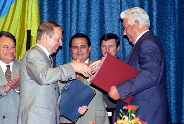 Борис Ельцин и Леонид Кучма