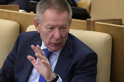 Депутата Госдумы лишили прав за наезд на мотоциклиста