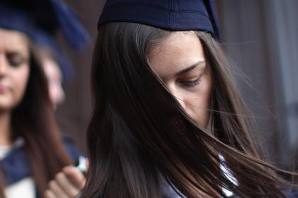 Девушка украла чужие конспекты и лишилась шанса закончить школу