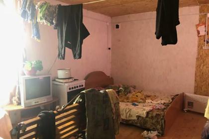 Россиянка на два дня оставила четверых детей без еды и воды