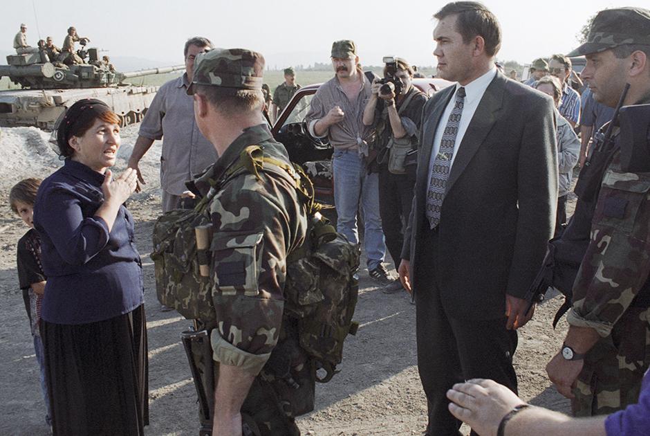 Александр Лебедь в Чечне