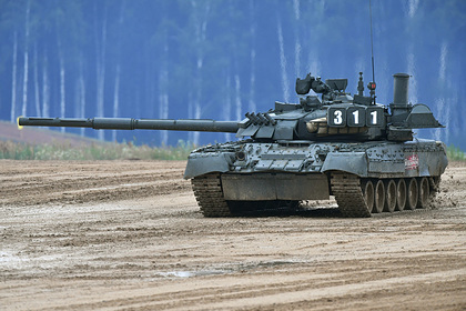 Т-80 и Abrams отработали атаку