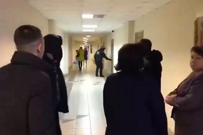 Силовики пришли с обысками в правительство Хабаровского края