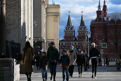 Путин потребовал добиться роста доходов россиян