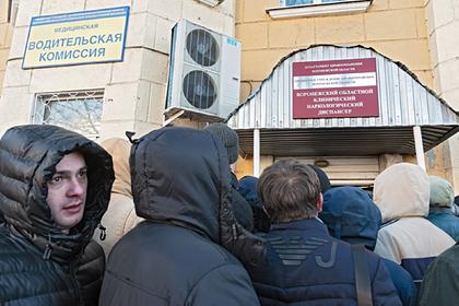 Названный Путиным чушью приказ о медосмотре водителей перенесли