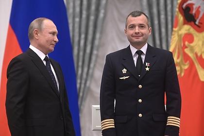 Путин пожелал чиновникам управлять страной как герой-пилот Юсупов