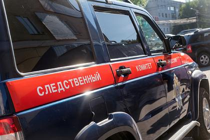 Российская школьница взяла телефон в ванную и умерла от удара током