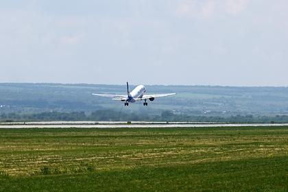 Пилот изОмска скончался  после экстренной посадки самолета вРостове