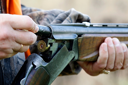Охотник принял друга за дикого зверя и подстрелил его