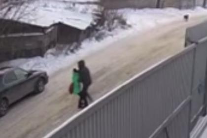 Российский подросток остановил похитившего девятилетнюю девочку педофила