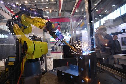 Названо препятствие для роботизации предприятий России