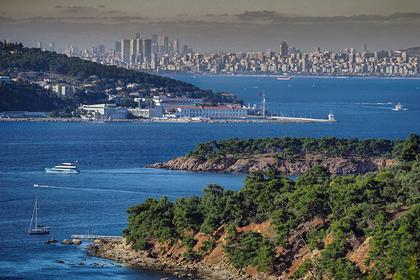 Виды Стамбула. Бухта