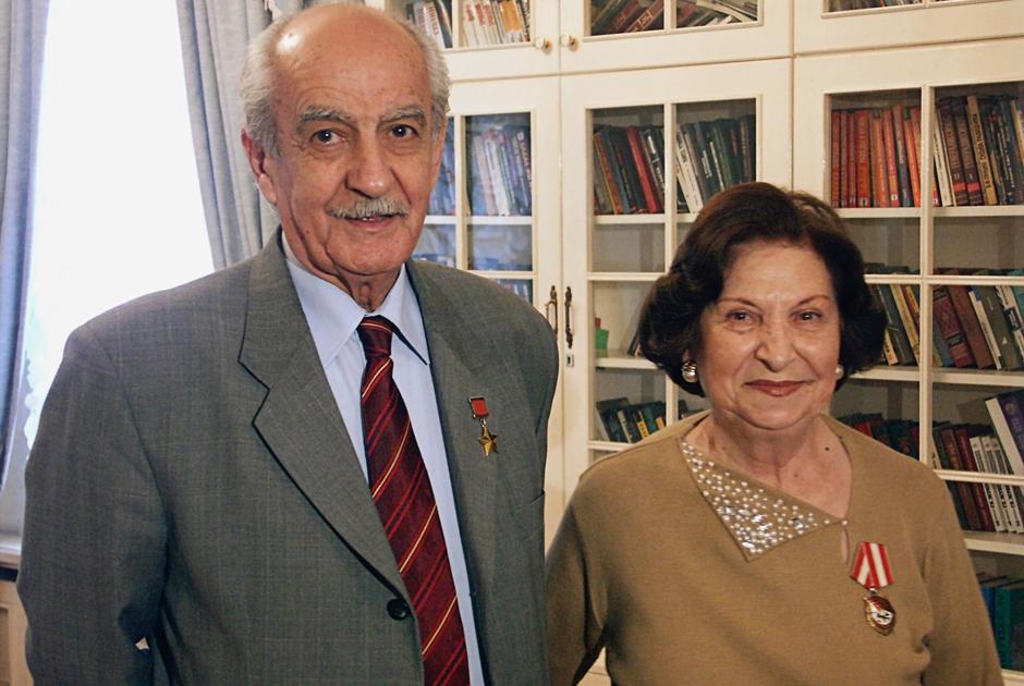 Геворк и Гоар Вартаняны. Ноябрь 2003 года