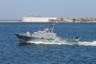 Катер АК-327 проекта 1400М был спущен на воду в 1990 году, находится в собственности Украины с 1992-го. Сначала его назвали «Гайдамака», но потом переименовали. Стандартное водоизмещение — 35,9 тонны, длина — 23,8 метра, ширина — пять метров. Вооружен пулеметом «Утес-2М». «Скадовск» — артиллерийский катер в составе ВМС Украины.