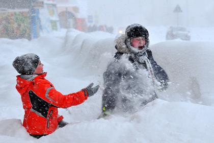 Жители Крайнего Севера опять в снежном плену, но им нормально