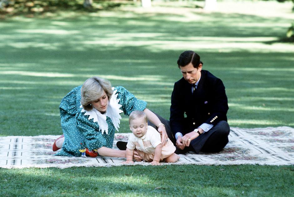 Принц и принцесса Уэльские с принцем Уильямом в Новой Зеландии, 1983 год