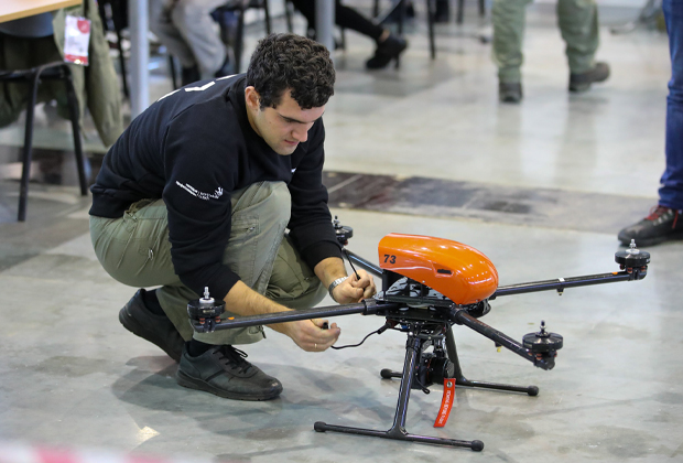 Внешнее пилотирование и эксплуатация беспилотных воздушных судов