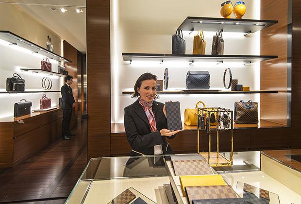 Бренд Louis Vuitton — главный кормилец всей группы, который приносит ей больше трети дохода.