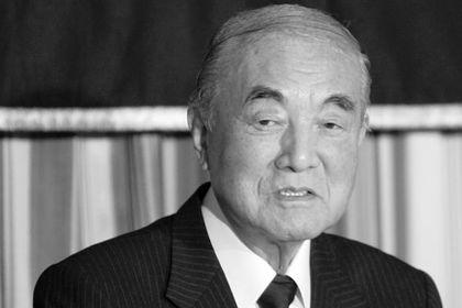 Ясухиро Накасонэ