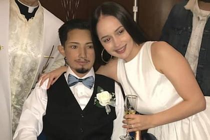 Умирающий мужчина исполнил последнее желание и женился на школьной подруге