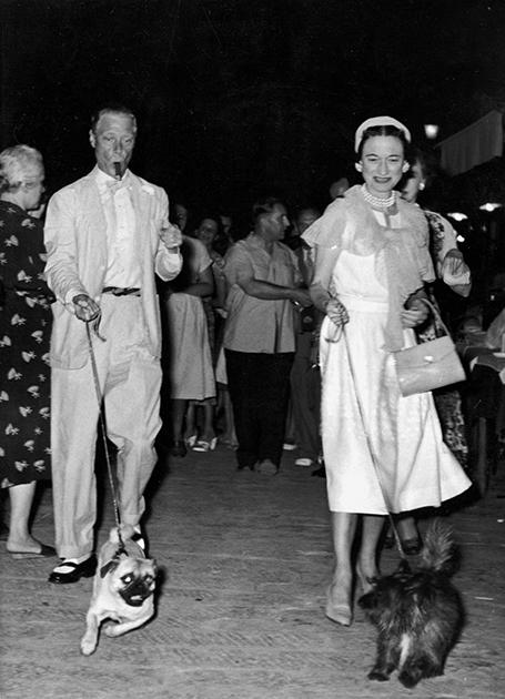 После войны пара часто путешествовала, останавливаясь на самых фешенебельных курортах мира. Особенно часто Эдуард и Уолиис бывали в близкому к их французскому дому Портофино, 1952 год.