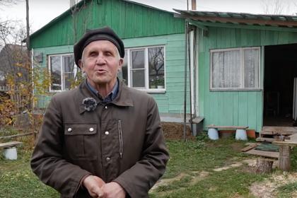 Слепой россиянин сам построил дом