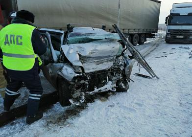 На российской трассе за два часа произошло два смертельных ДТП