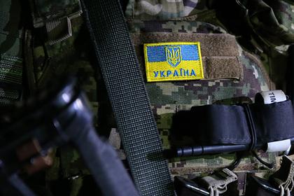 Украину обвинили в обстреле аэропорта Донецка