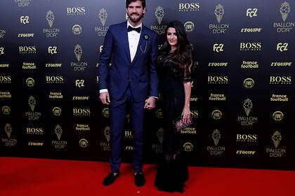 Алиссон с женой